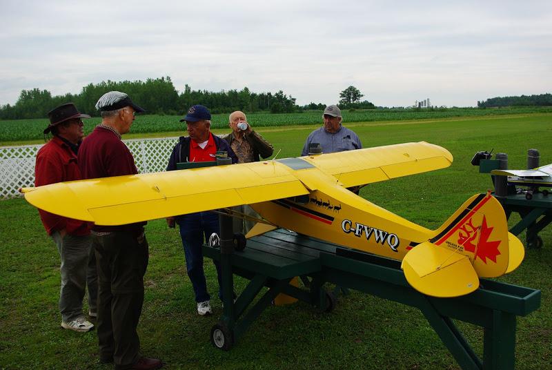 Nos membres ont des intérêts variés, allant du très gros avion à essence jusqu'au très petit à propulsion électrique.